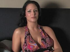 Raquel Reese the stunning brunette shows her boobs in laundry