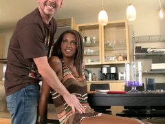 Staci Ellis the chocolate babe gets her pussy fucked deep