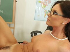 Strict teacher India Summer carefully observes how her pussy is getting fucked
